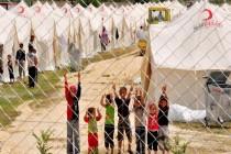 الإمارات ترحل فلسطينياً تبرع للاجئين السوريين