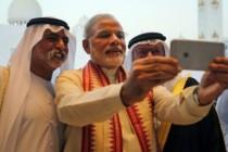 """الهند تحرج السلطات الإماراتية بإفراجها عن هنديين تم ترحيلهما بتهمة التعاطف مع """"داعش"""""""